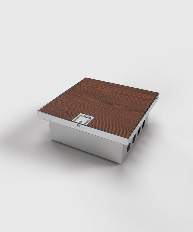 floor box 2008B lid closed with flooring