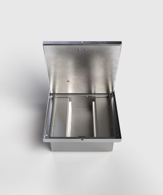 floor box 2008B with 8 slots lid open frontal view