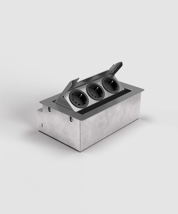 floor socket 3203E with 3x Schuko open